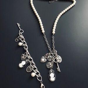 Park Lane Pearl Necklace set w/ bracelet